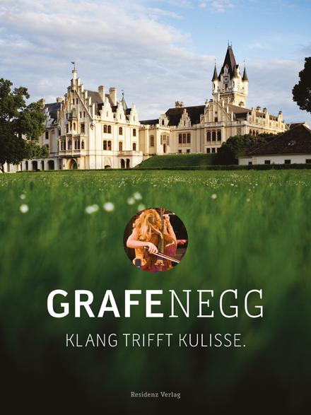 Erscheinungsdatum 2013 200 Seiten, davon 4 Ausklappseiten, durchgehend bebildert Hardcover  Preis € 34,90