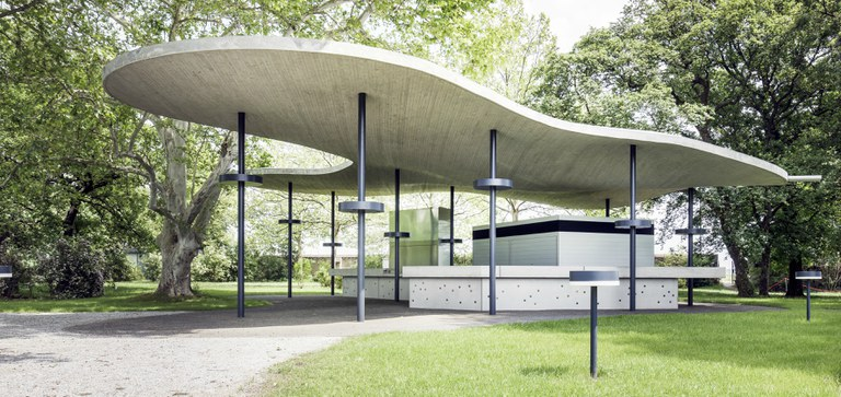 Press pictures of the new architectural object and outdoor bar Wolke 7 (Cloud 7)